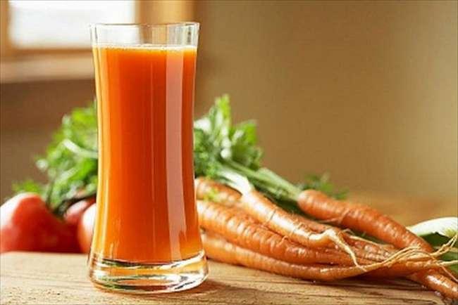 Морковный сок при беременности: влияние на плод, польза и вред для организма