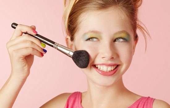 Макияж в школу: инструкция для девочек-подростков и разъяснение для их мам