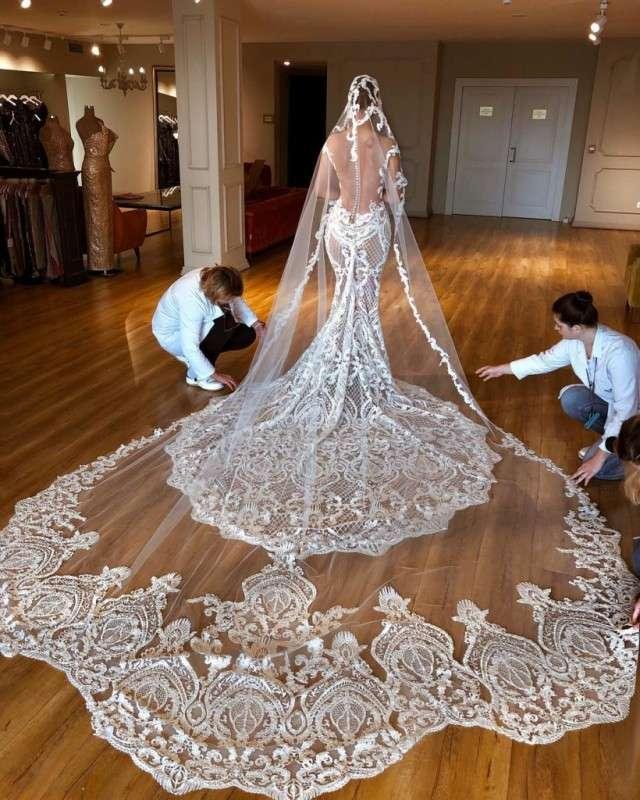 Платья от именитого сербского дизайнера