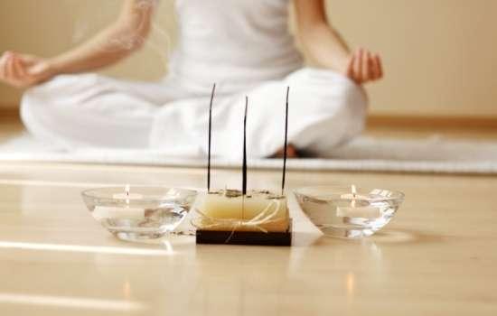 Как медитация влияет на память и настроение?