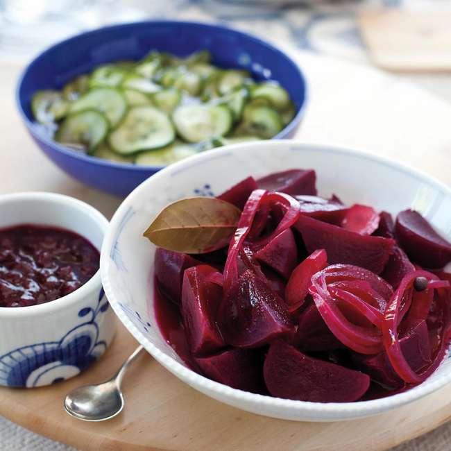 Как сварить свекольник с мясом: ингредиенты, рецепт с описанием, особенности приготовления