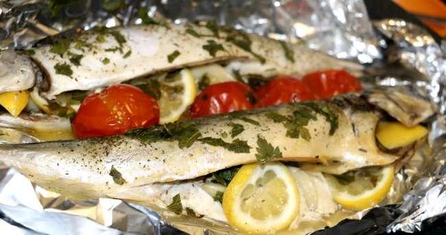 Скумбрия, запеченная в фольге с овощами: рецепты и особенности приготовления