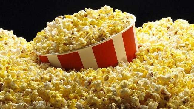 Попкорн и растительное масло: список продуктов, которые нас убивают день за днем