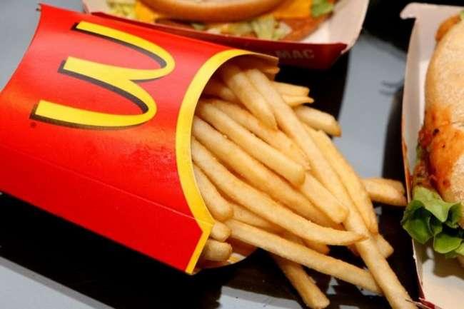 Какую еду лучше не заказывать в «Макдональдсе»: секреты от работника сети