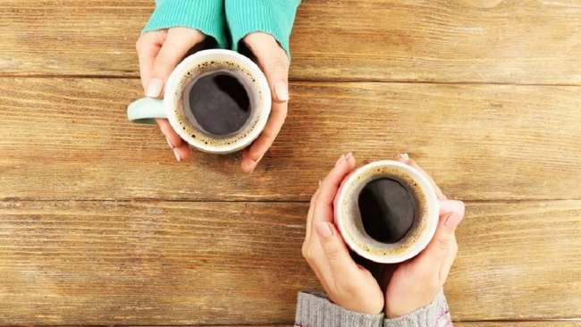 Что действительно происходит с вашим телом, когда вы пьете кофе?