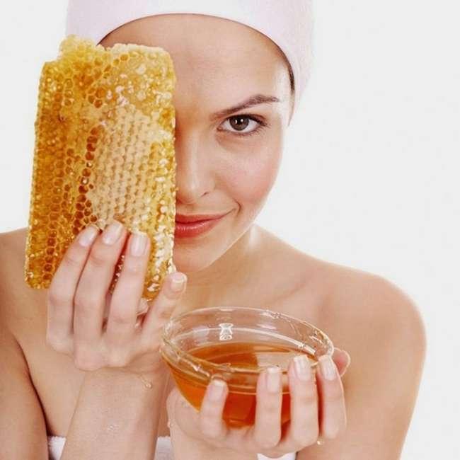 7 невероятных преимуществ меда для кожи