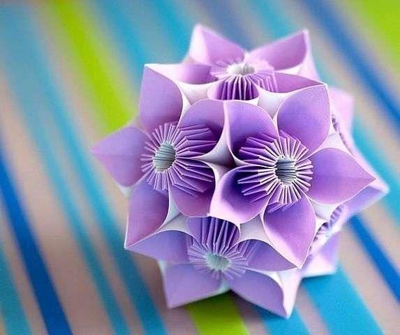 Кусудамы — шары счастья. Такую красоту из бумаги можно сделать для новогоднего декора