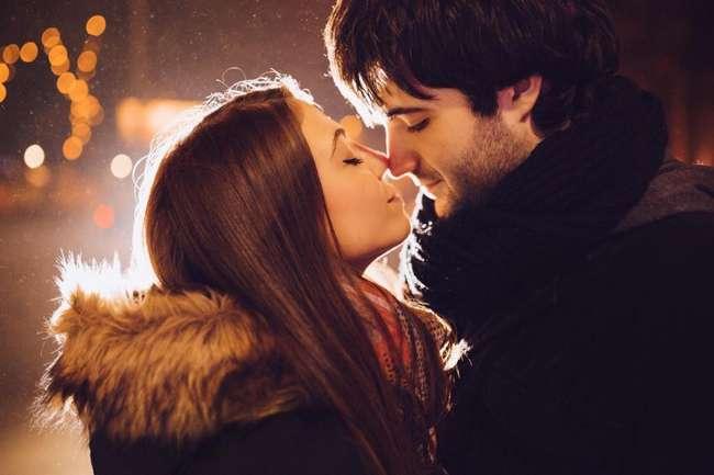 Почему мы закрываем глаза во время поцелуя: интересные факты