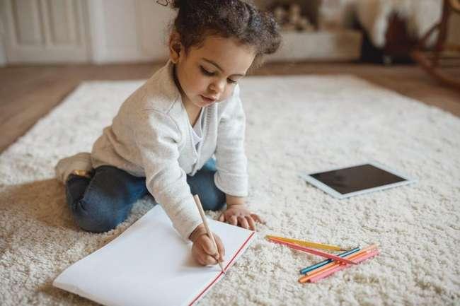 Слова одобрения от родителей: правильная формулировка влияет на самооценку детей