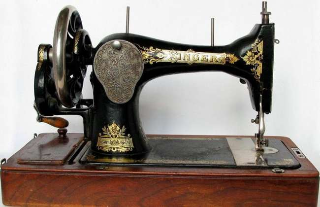 Охота за швейными машинками, или Зачем антикварам бабушкин -Зингер-
