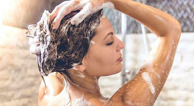 Шпаргалка чистоты: как правильно ухаживать за волосами