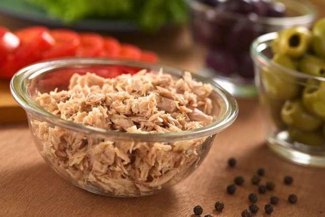 Пирожки с рыбными консервами и рисом: рецепты