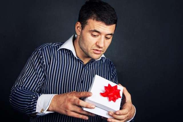 Чего не хотят мужчины: антирейтинг подарков на 23 февраля