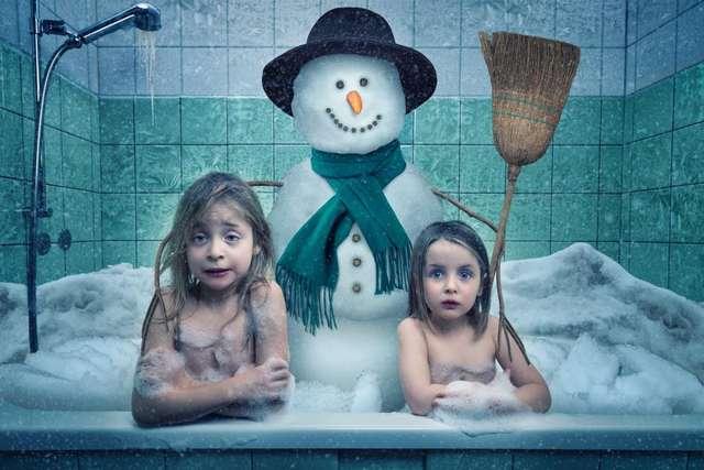 -Мои безбашенные дочки-. Отец создает смешные фото дочерей