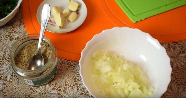 Как приготовить хрустящую тушеную капусту