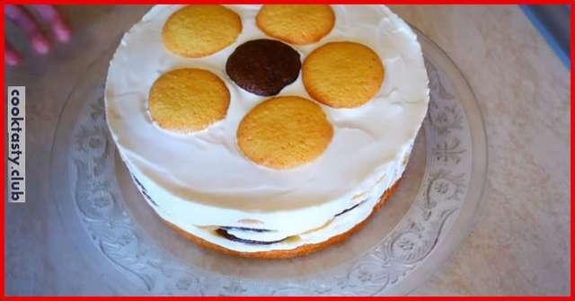 Бисквитный торт с бананами и сметанным кремом