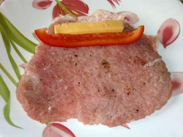 Мясные рулетики с сыром