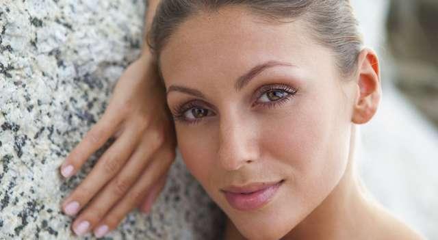 Продлить молодость: как ухаживать за кожей в 20, 30, 40 и 50 лет