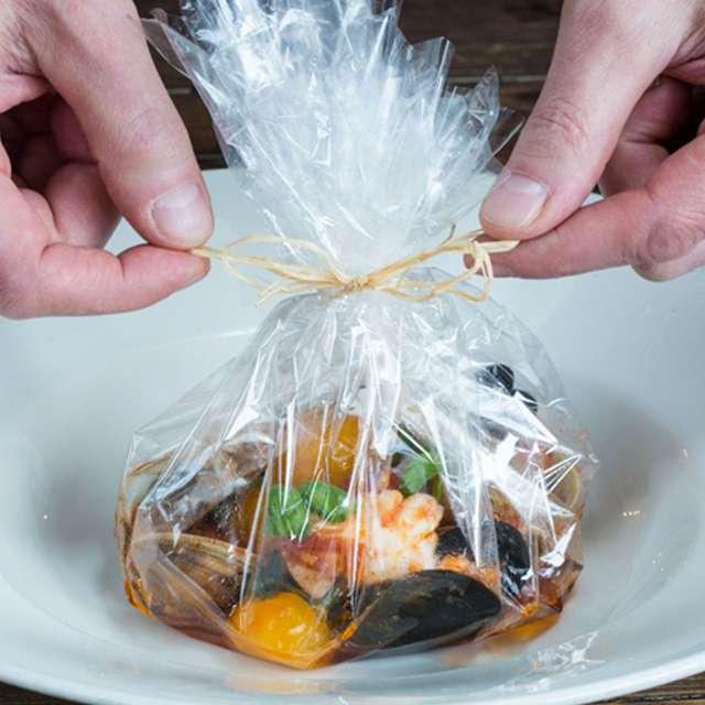 Можно ли в пищевой пленке варить: способы приготовления и советы
