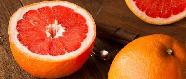 Красный грейпфрут: польза и вред, калорийность