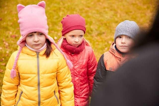 Каким правилам общения с незнакомцами нужно научить ребенка