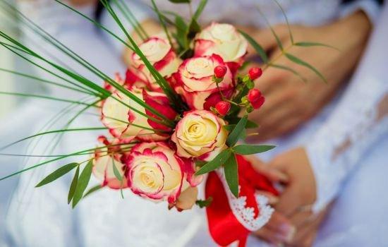 Цветы в свадебном букете: какие подойдут и как правильно сочетать