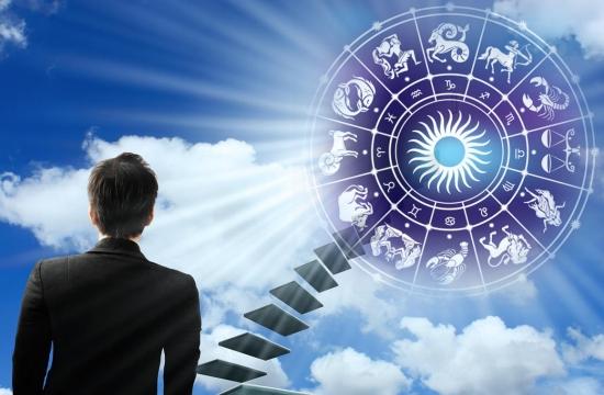 Финансовый гороскоп на май: все нестабильно, но перспективы радуют!