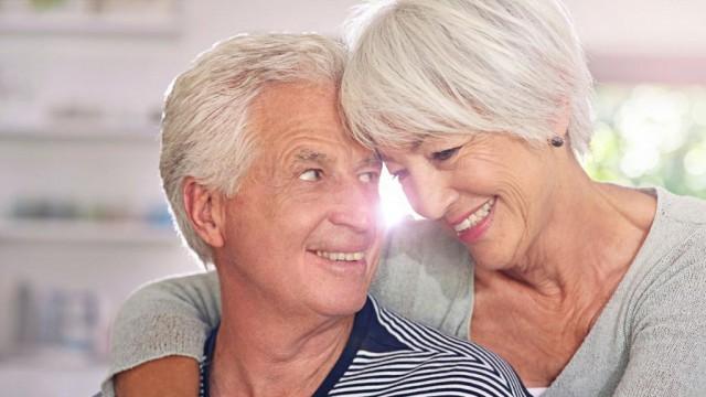 Счастливые браки продлевают жизнь