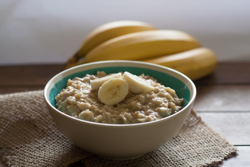 Что можно приготовить из переспелых бананов: рецепты с фото