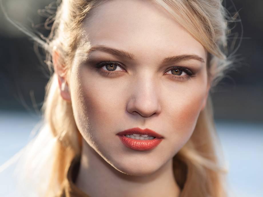 Как красить тонкие губы: выбор косметики и правила нанесения макияжа