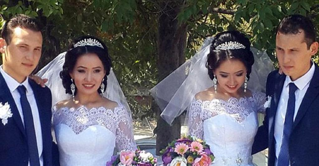 Казахские братья-близнецы женились на сестрах-близняшках