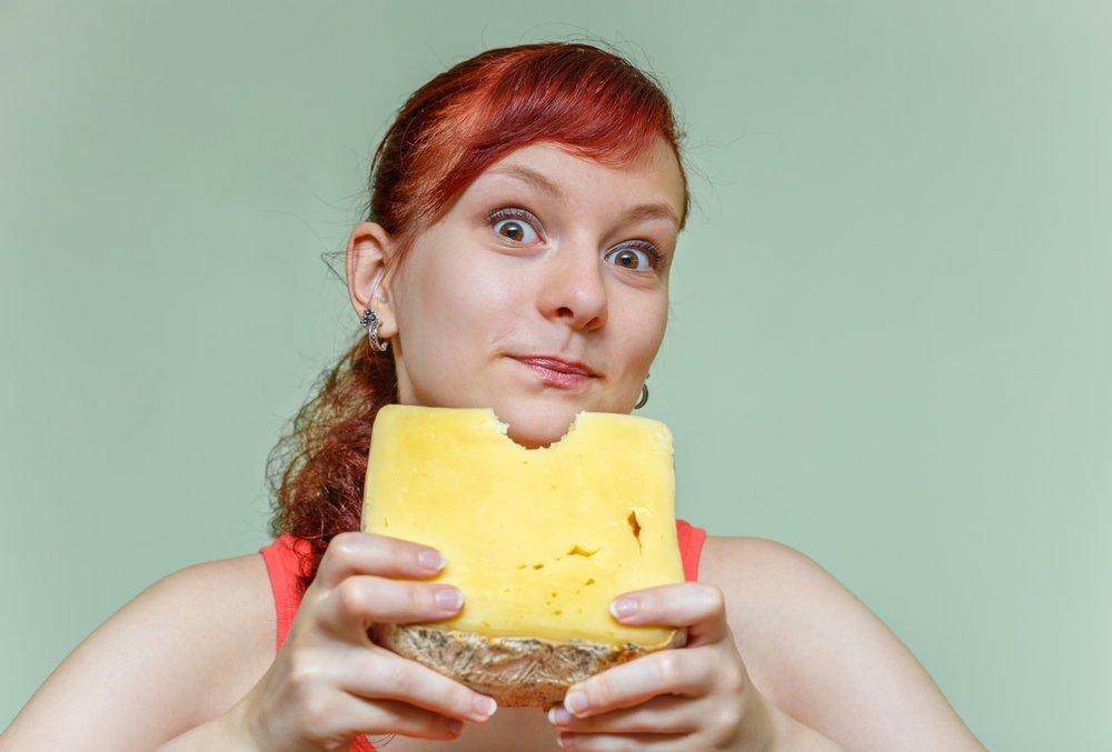 Сыр при похудении: как любимый продукт помогает сбросить лишние килограммы