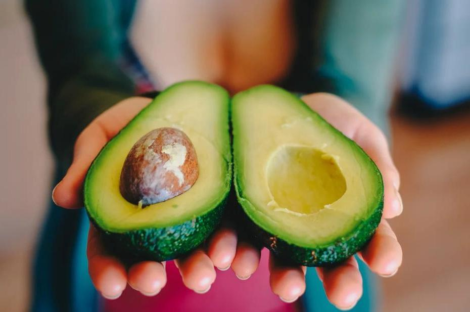 «Требую авокадо»: 9 причин есть его каждый день