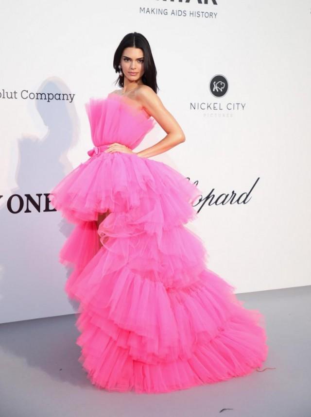 Самые красивые вечерние платья в Каннах