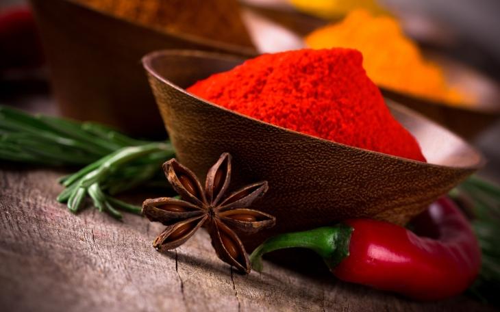 Индийские специи: во что добавляют и чем полезны