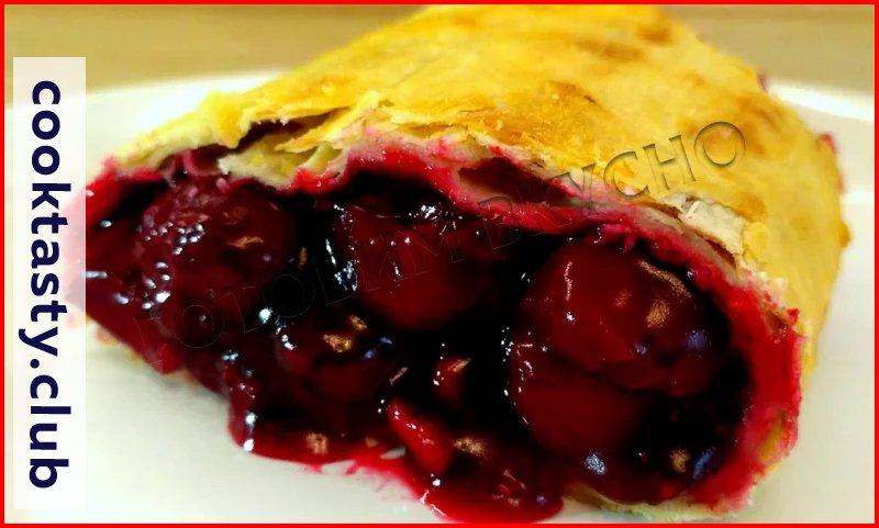 Сочная вишня: 10 рецептов летних пирогов и десертов