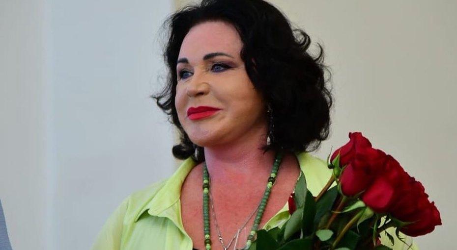 69-летняя Надежда Бабкина показала фото с молодым возлюбленным