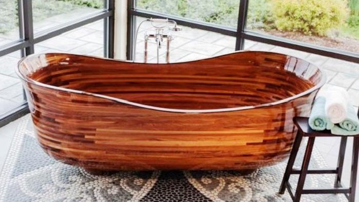 Деревянные ванны потрясающей красоты делает бывший строитель лодок