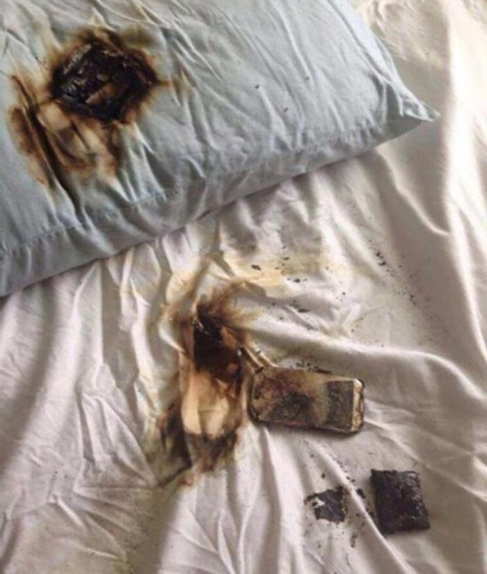 Девушка положила телефон под подушку. Это стало уроком, как делать нельзя
