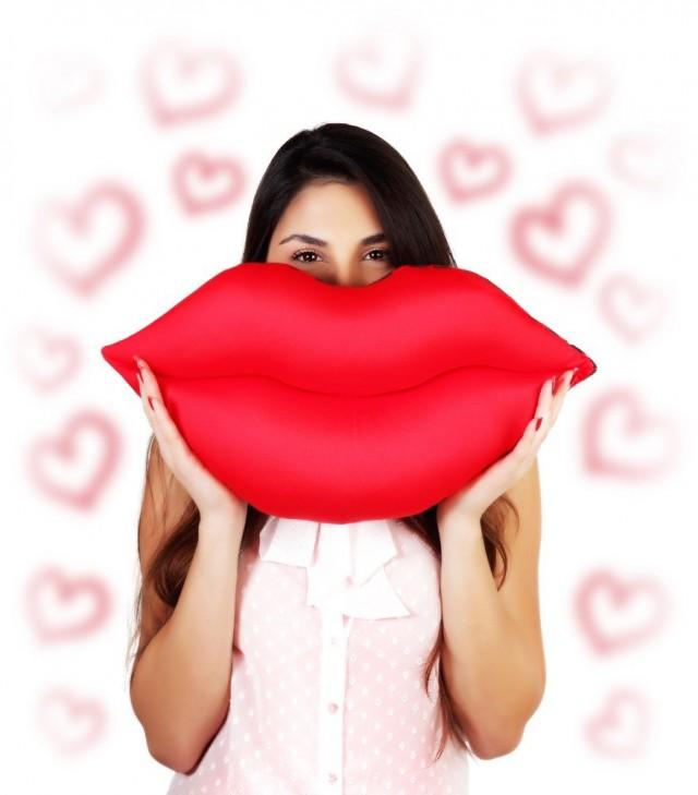 Почему у одних губы выглядят пошло, а у других — сказочно?