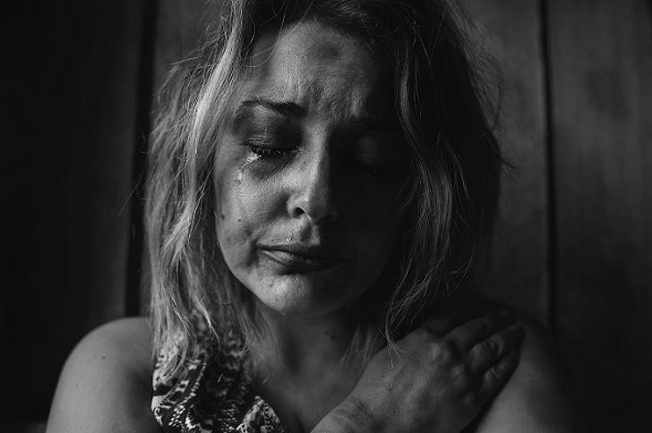 Я несколько лет худела и лечила биполярное расстройство. А достаточно было уйти от родителей