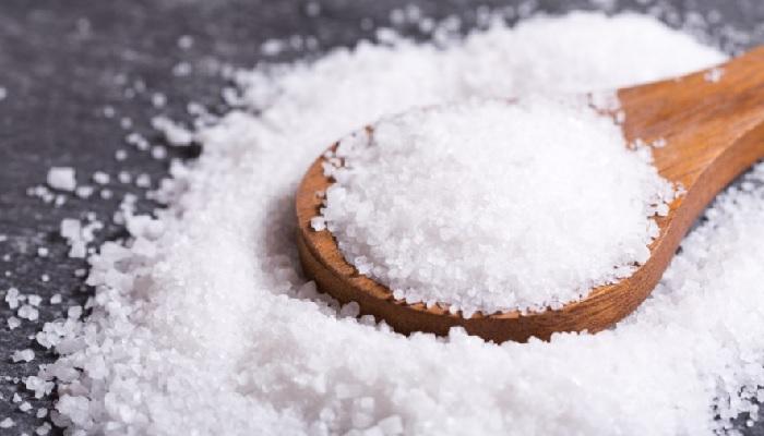 12 лайфхаков с солью, узнав о которых, захочется прикупить пару пачек сверху