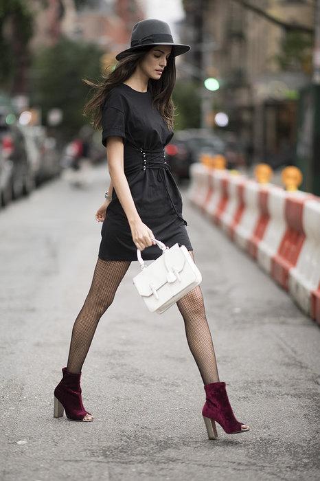 Сексуальная комбинация: как правильно носить красное с черным