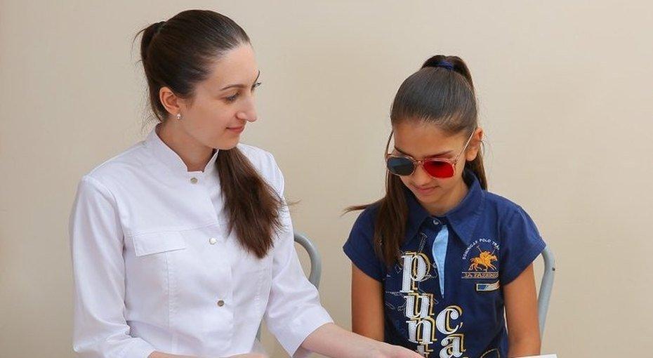 Первые признаки: как обнаружить болезни глаз у детей