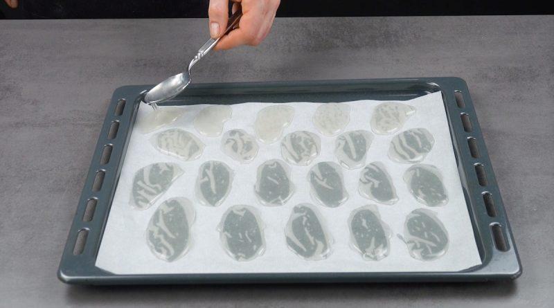 """""""Невидимая закуска"""", """"стеклянные"""" чипсы - этот рецепт для тех, кто любит поражать гостей"""