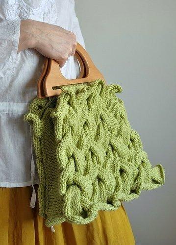 Оригинальная вязаная сумка своими руками