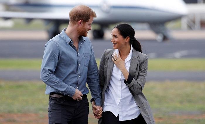 Как выглядит самолет принца Гарри и Меган Маркл, роскошь которого возмутила британцев