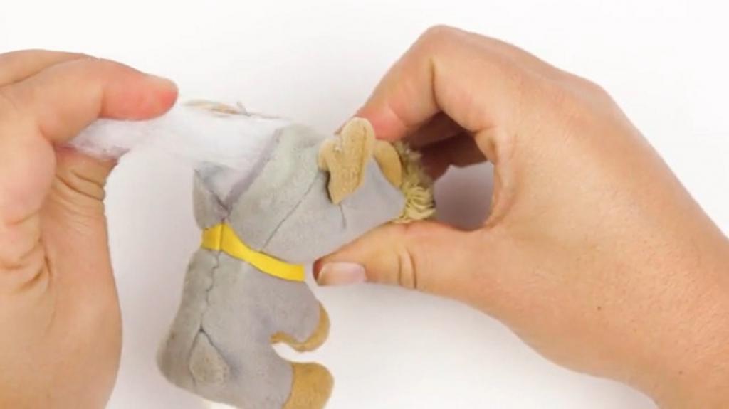 Старые носки или полотенца, теннисный мячик: как я из старых вещей делаю игрушки для собак