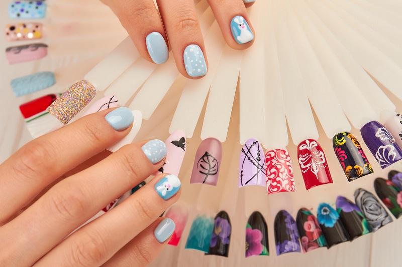 Какую форму ногтей выбирают современные дамы
