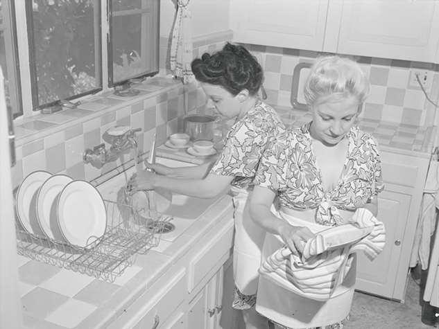 Одиночество вдвоем: жизнь девочек сиамских близнецов вначале XX века